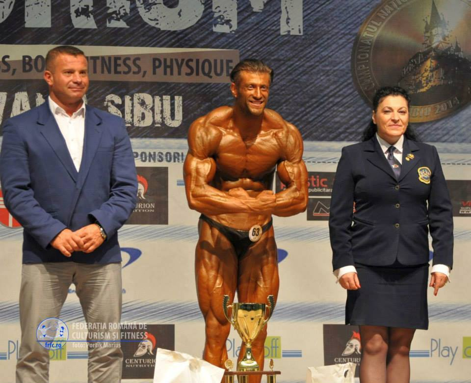 Bebe Andrei-Costel Vasiliu, champion @bodybuilding with his trophy